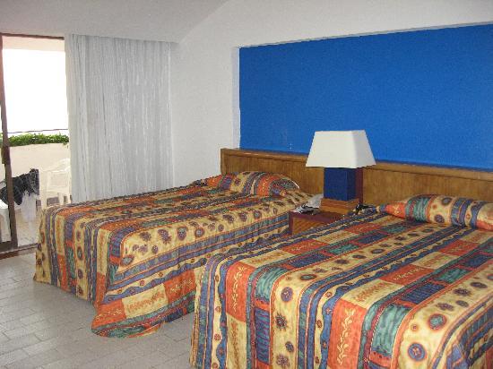 Holiday Inn Resort Ixtapa : chambre avec balcon vue mer(1506) parraît mieux sur la photo que réellement