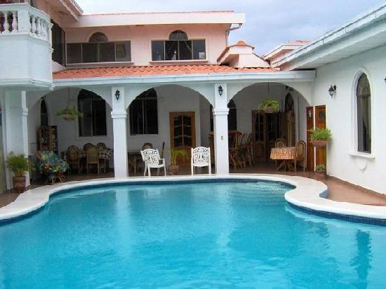 Dolphin Guest House: pool