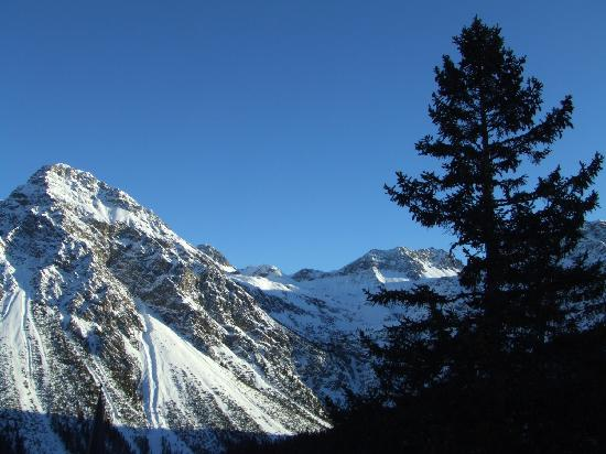 The Excelsior: Afternoon view from Hotel Excelsior, Arosa