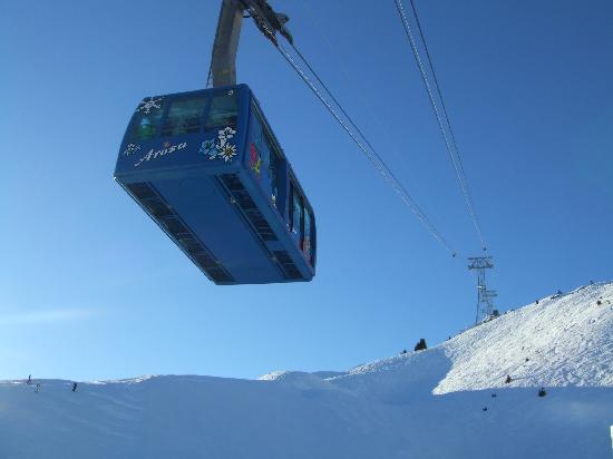 The Excelsior: Arosa cable car