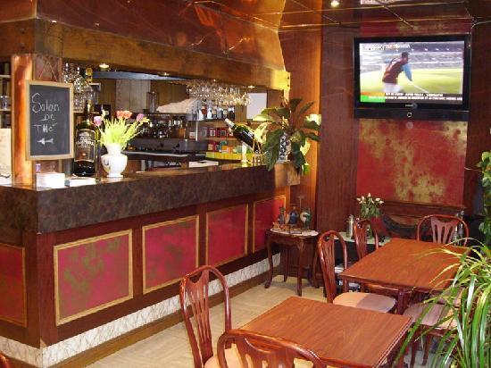 Hôtel La Diligence: Le Bar/Café