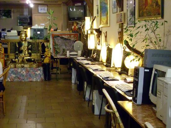 Hotel La Diligence: Le Cyber Café de l'hôtel