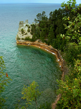 Pictured Rocks National Lakeshore : Before the turret fell