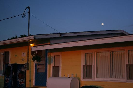 Moon over Beach breeze Motel Office