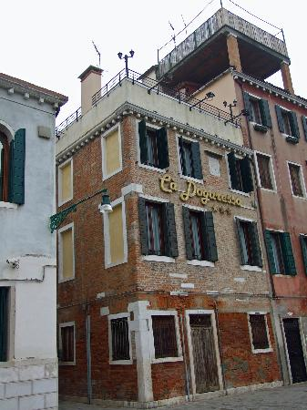 Hotel Ca' Dogaressa: Exterior View of the Ca'Dogaressa