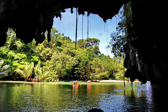 Puerto Princesa Underground River: Wxit the cave and that Blue Lagoon