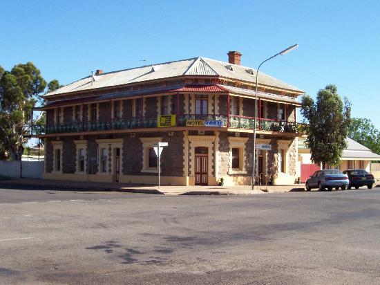 Duke of Cornwall Inn: Ex Broken Hill Pub