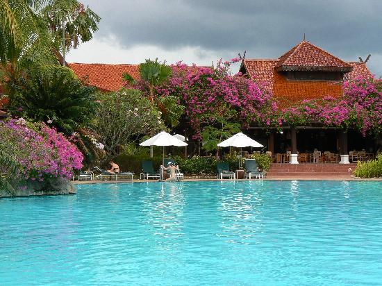 Meritus Pelangi Beach Resort & Spa, Langkawi: Pool veiw