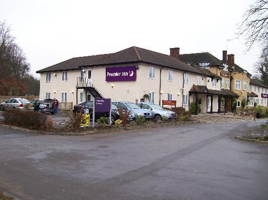 Premier Inn Bagshot Hotel: Leaving in the morning