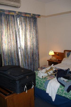 HOTEL SHELTOWN_interieur d'une autre chambre double