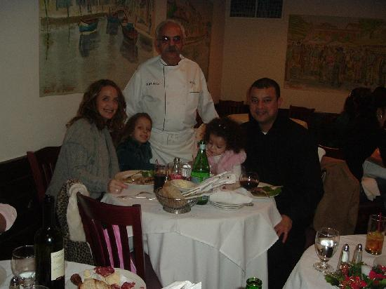 Nanni Restaurant : Chef Silvo with his daughter, son-in-law and grand-children