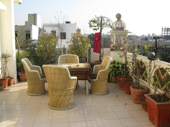Sunder Palace Guest House: The very nice terrace