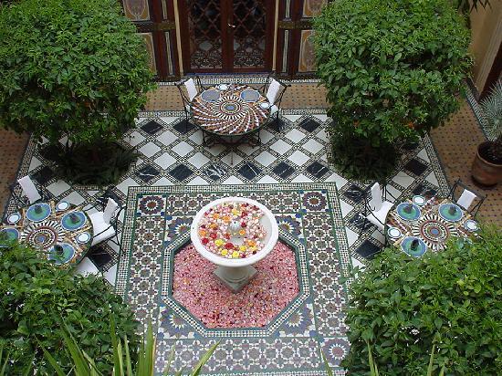 Riyad Al Moussika: Main Courtyard