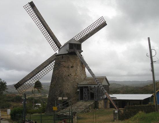 Saint Andrew Parish, บาร์เบโดส: Mill and the ocean in back ground