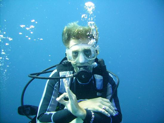 Trudy's Hotel: Dive Instructor Dave