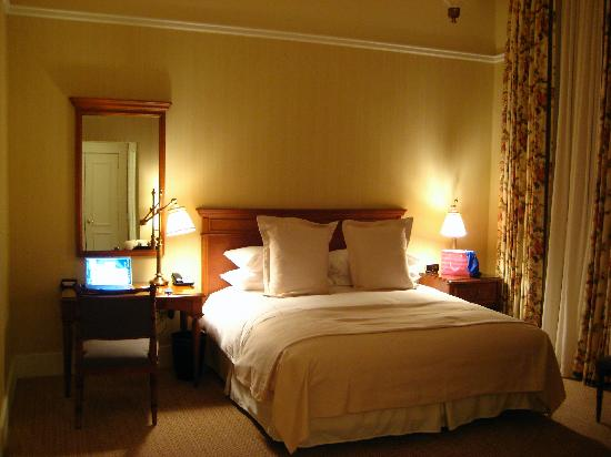 The Capital Hotel: Guest room
