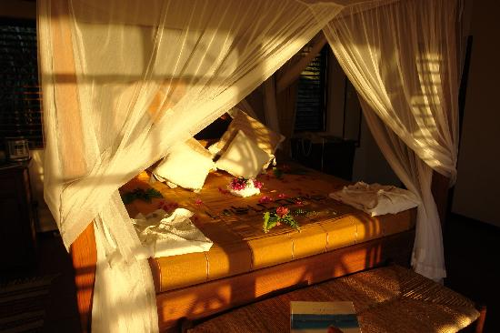 Ti Kaye Resort & Spa: romantic bed-room Nich