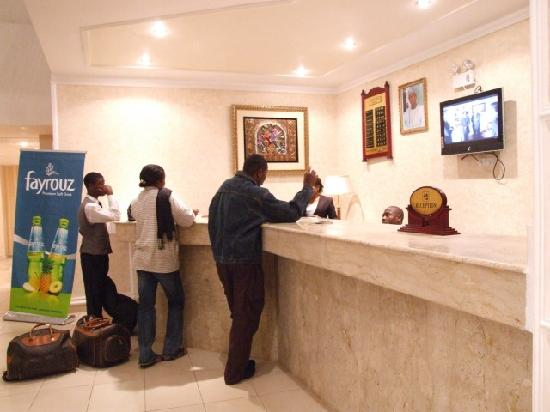 All Seasons Hotel - Owerri: hotel reception