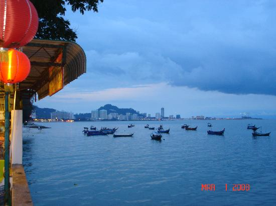 Penang Island, Malasia: View from Food court at the Northam Cafe