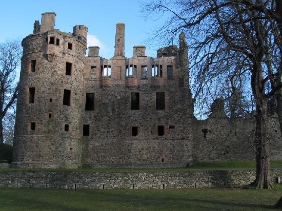 Huntly Castle 사진
