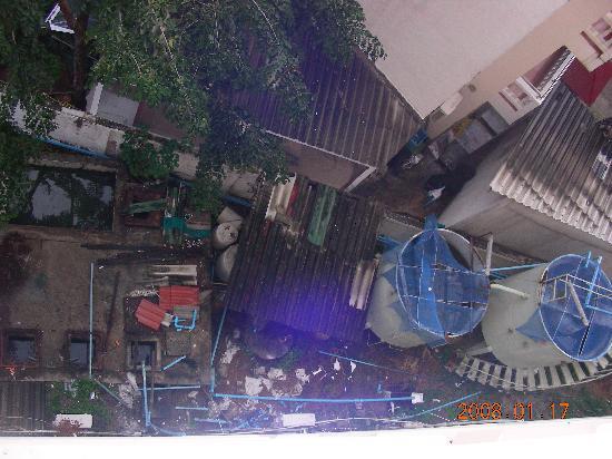 Montana Grand Phuket: vue de la chambre