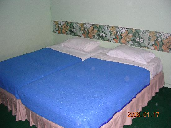 Montana Grand Phuket: chambre