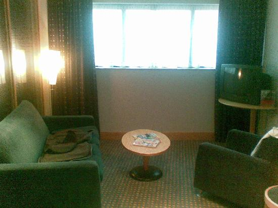 Bolton Whites Hotel: Living Area