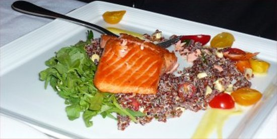 Serratto: Moist, tender salmon