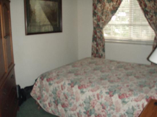 Tenaya Lodge at Yosemite: bedroom
