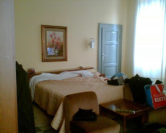 San Pellegrino Terme, Italia: room