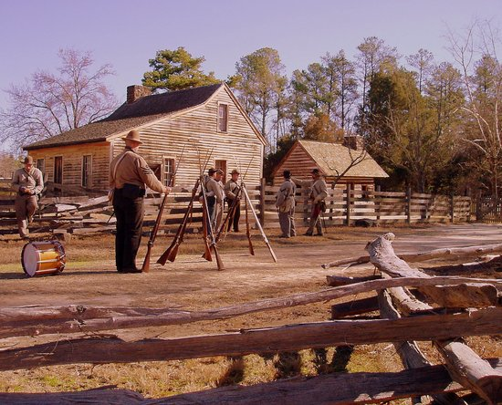 Durham, Carolina del Norte: Confederate Soldiers on the Old Hillsborough Road