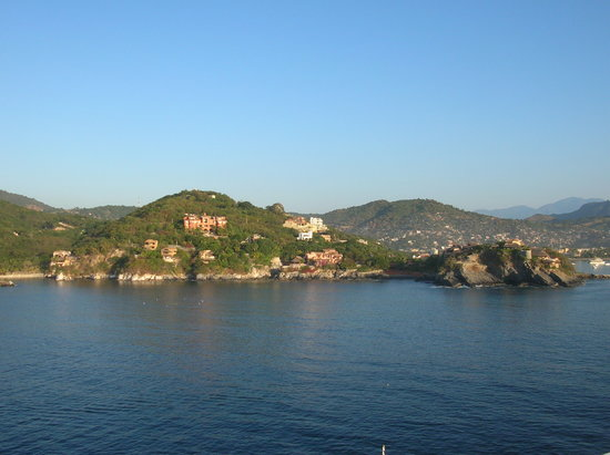 Ixtapa, Μεξικό: Coming into Zihua