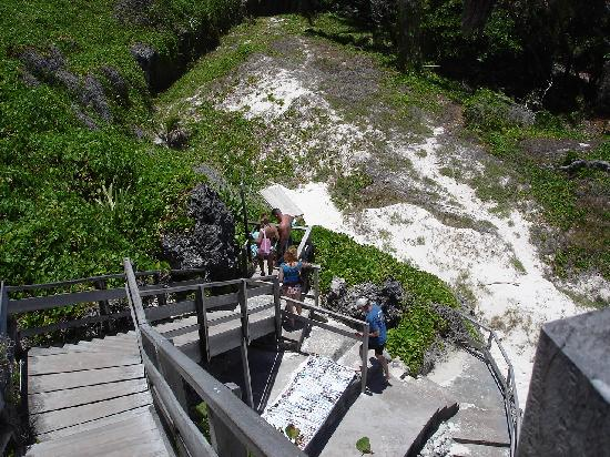 Barbados: Old stairway to Crane Beach