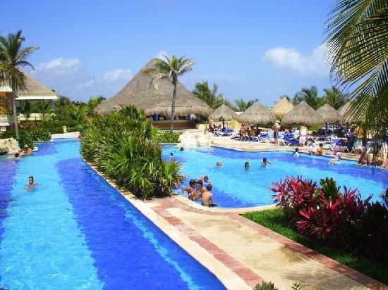 pool Akumal