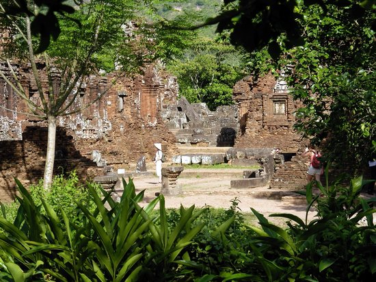 Duy Xuyen District, เวียดนาม: My Son ruins