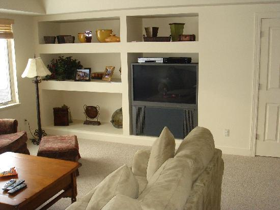 WorldMark Wolf Creek: Upstairs Hi Def TV