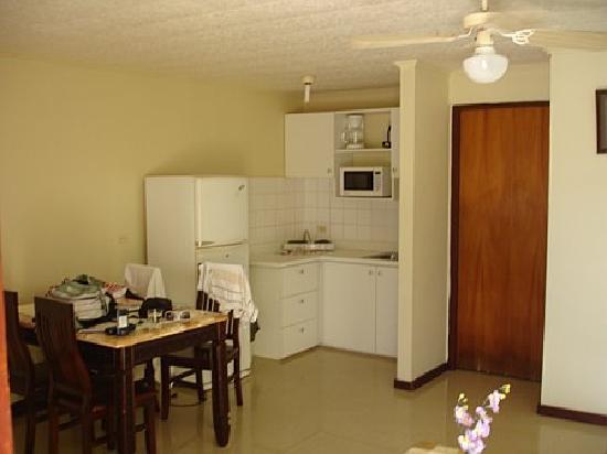 Aruba Blue Village: Kitchen2