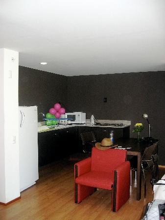 Holiday Inn Express Medellin: View of room