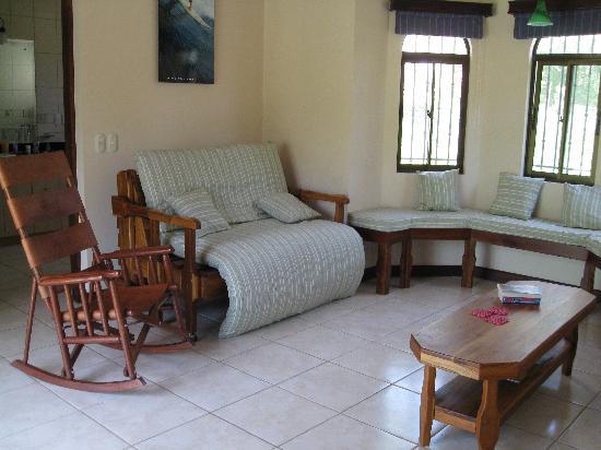 Villas Hermosas: View of Living Room