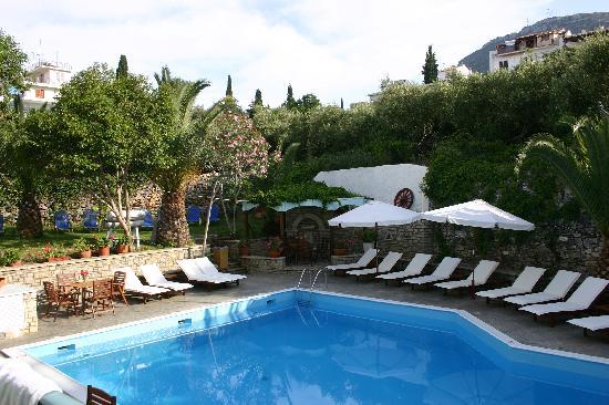 Galaxy Hotel, Samos - pool area