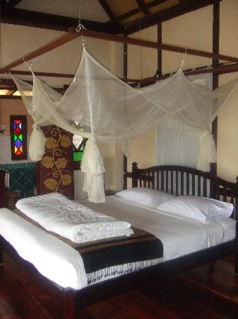 Lao Spirit Resort : Inside bungalow
