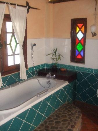 Lao Spirit Resort : Bathroom