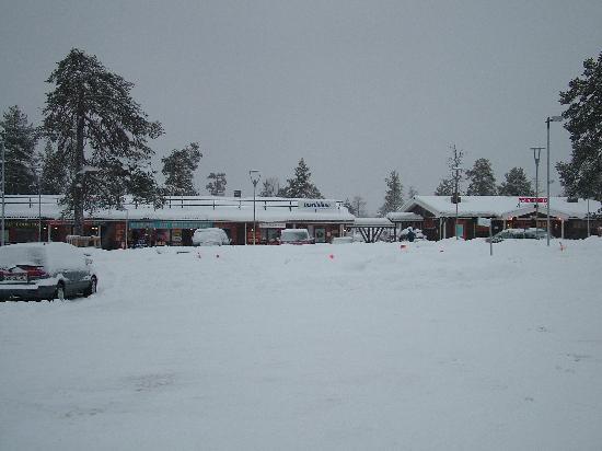 Saariselka, Finnland: The town opposite holiday club
