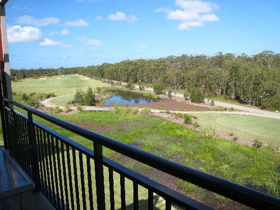 Mercure Kooindah Waters Central Coast : the hinterland view