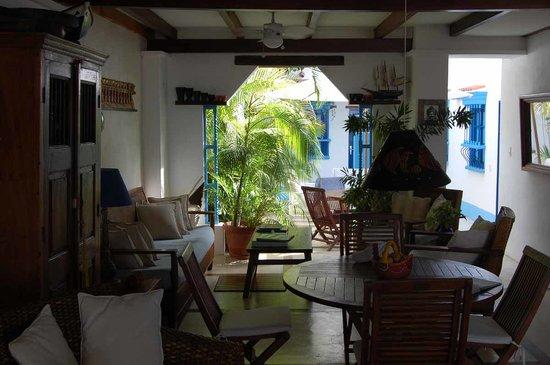 Posada La Gaviota: The lobby or entrance area.