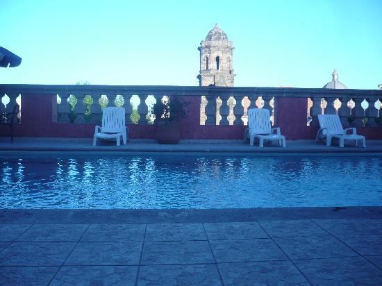 Santiago De Compostela: rooftop pool