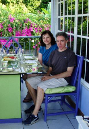 The Blue House Boutique Bed & Breakfast: Breakfast on the terrace