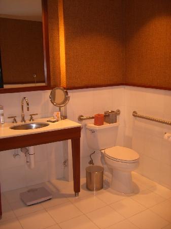Hotel Valencia - Santana Row : bathroom