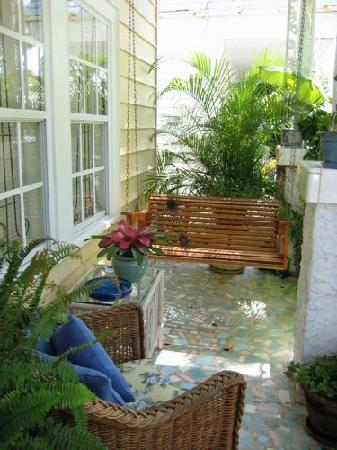 Jasmine House: Front Porch
