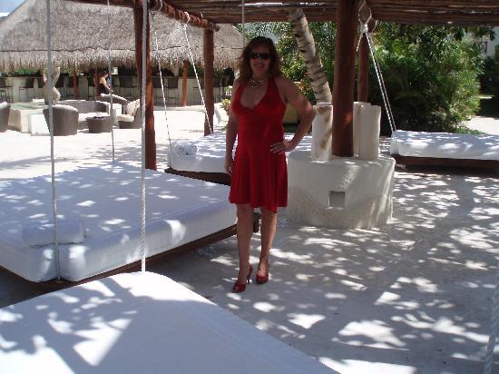 Desire Riviera Maya Resort : Day beds